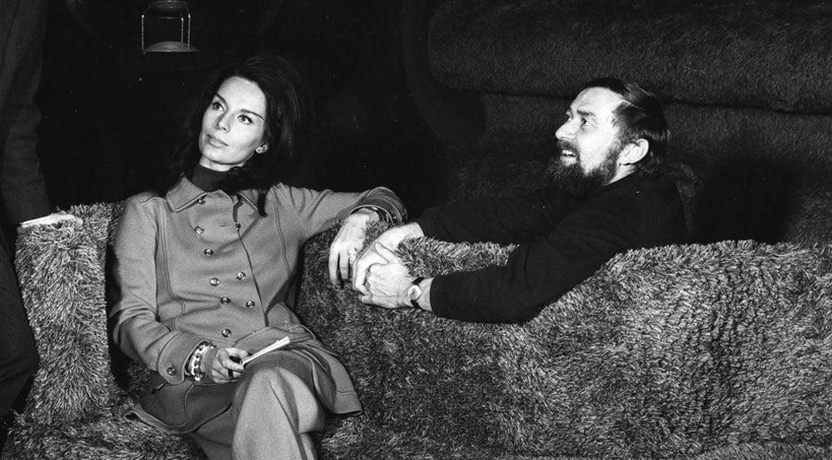 Marianne und Verner Panton auf der Ausstellung Visiona 2 in Köln, 1970