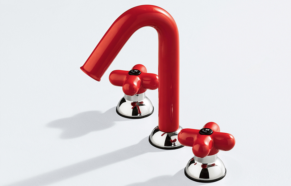 Hingucker in Rot: Mischbatterie Balocchi von Mercatali & Pedrizetti für Fantini. Foto: Fantini