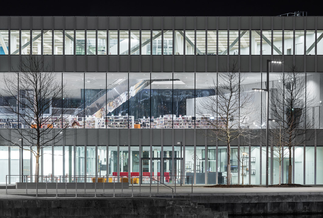 OMA mit BARCODE Architects in Caen: Die Bibiothèque Alexis de Tocqueville wurde am 13. Januar eröffnet, Foto: Delfino Sisto Legnani und Marco Cappelletti