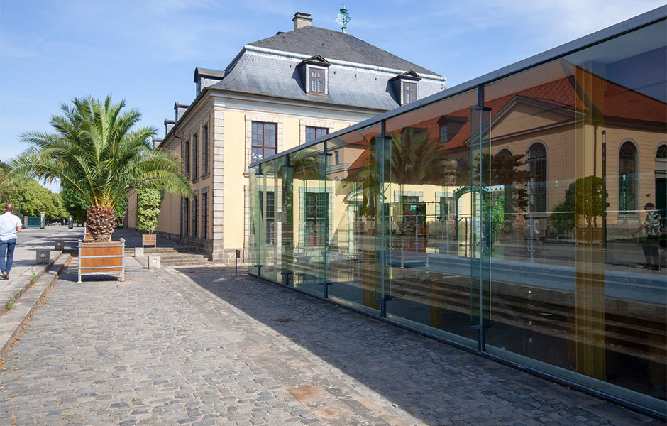 Exkursion nach Hannover: Zu Besuch im Arne-Jacobsen-Foyer.