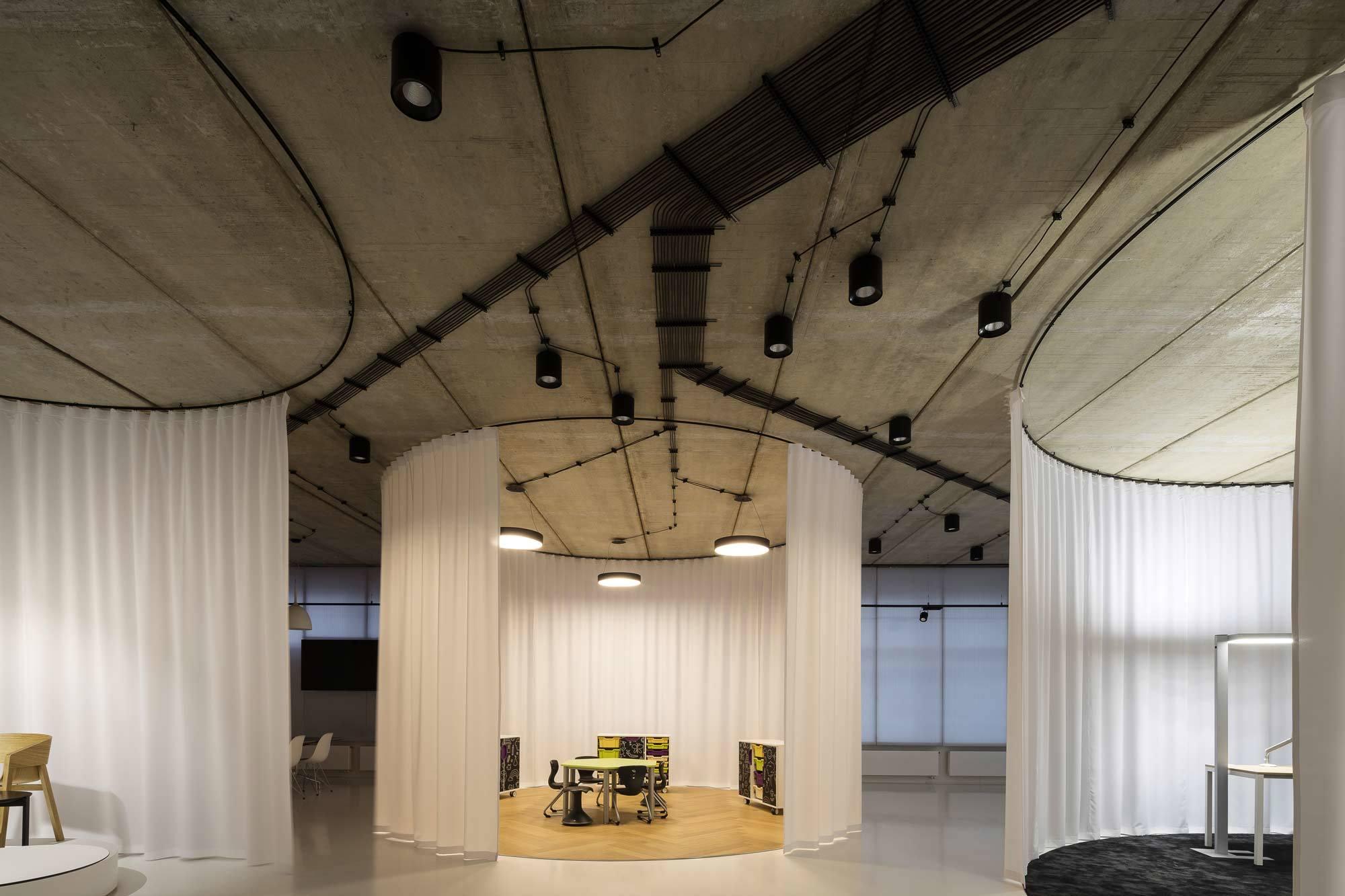 Gallery of Furniture, CHYBIK + KRISTOF, Brno, 2017, Foto: Lukas Pelech