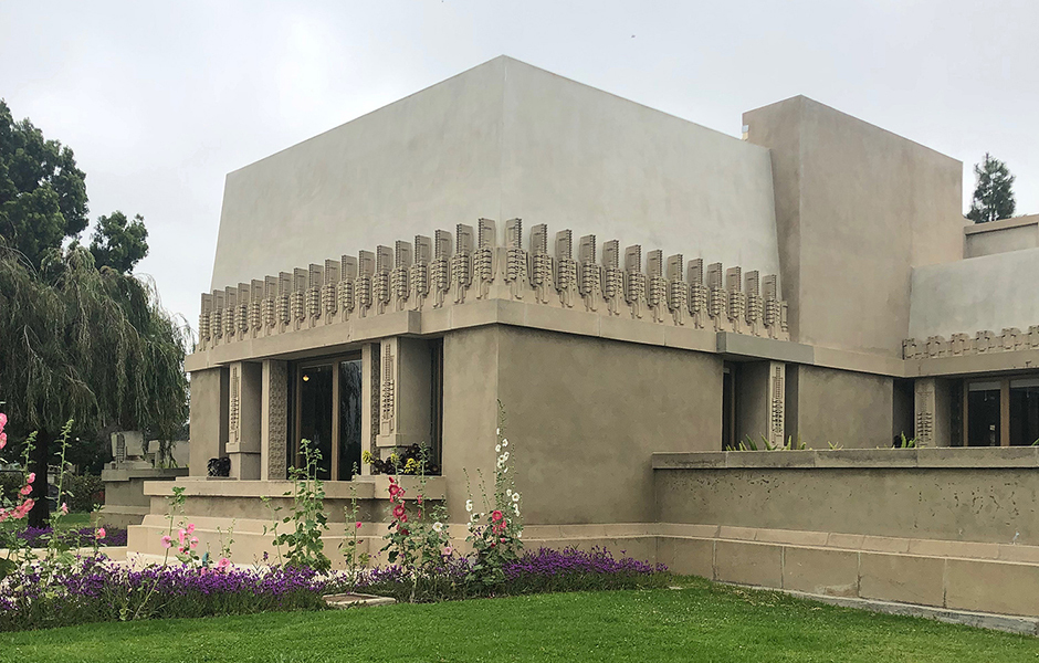 Hollyhock House, Frank Lloyd Wright, Los Angeles, 1919-1921. © Tina Roeder