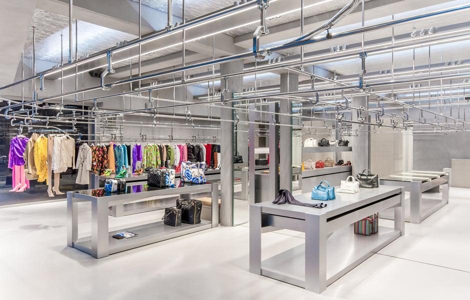 Balenciaga-Flagship-Store in der Pariser Rue Saint Honoré, Foto: Ertl Ganter