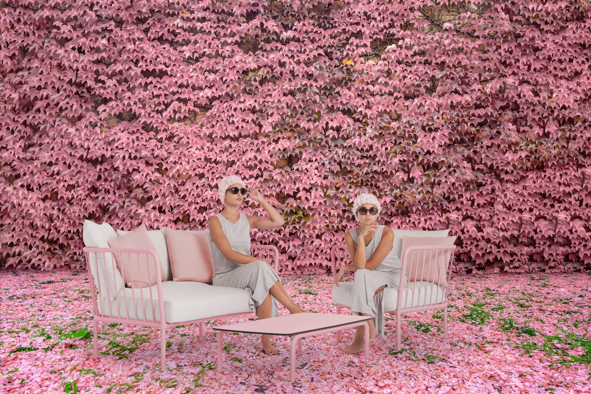 Outdoor-Möbel & Outdoor-KüchenMade Studio, Lounge-Sessel und -Sofa Arp, Diabla. Foto/ Copyright: Diabla