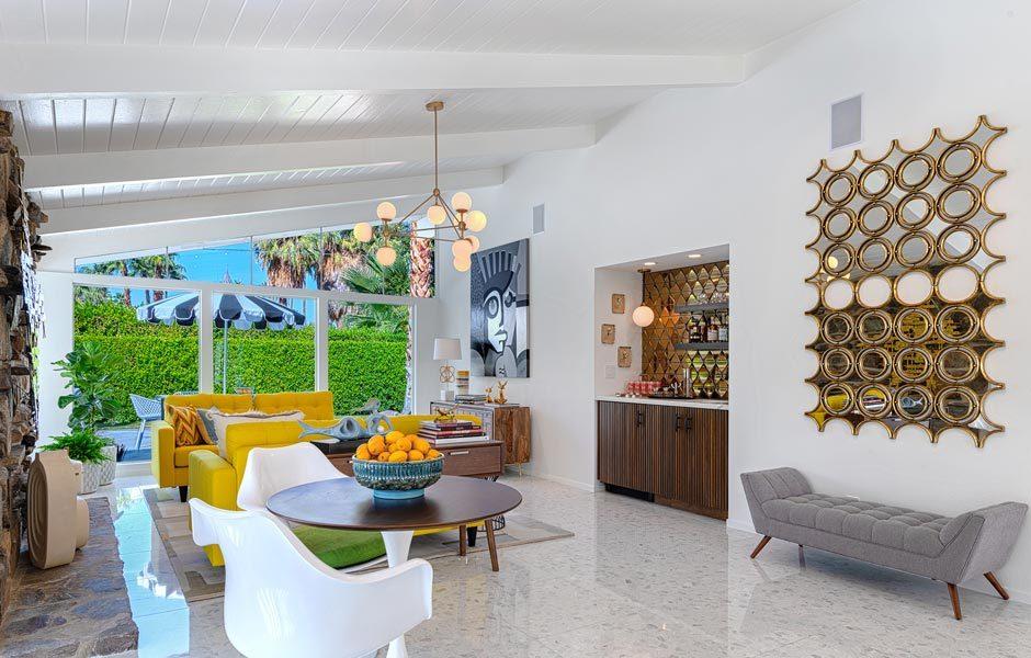 SIEDLUNGEN UND HÄUSERPalmer & Krisler, Green Gables, 1957, gebaut von Alexander Construction Company, Palm Springs. Interior von H3K Design, Palm Springs. Foto: Patrick Ketchum