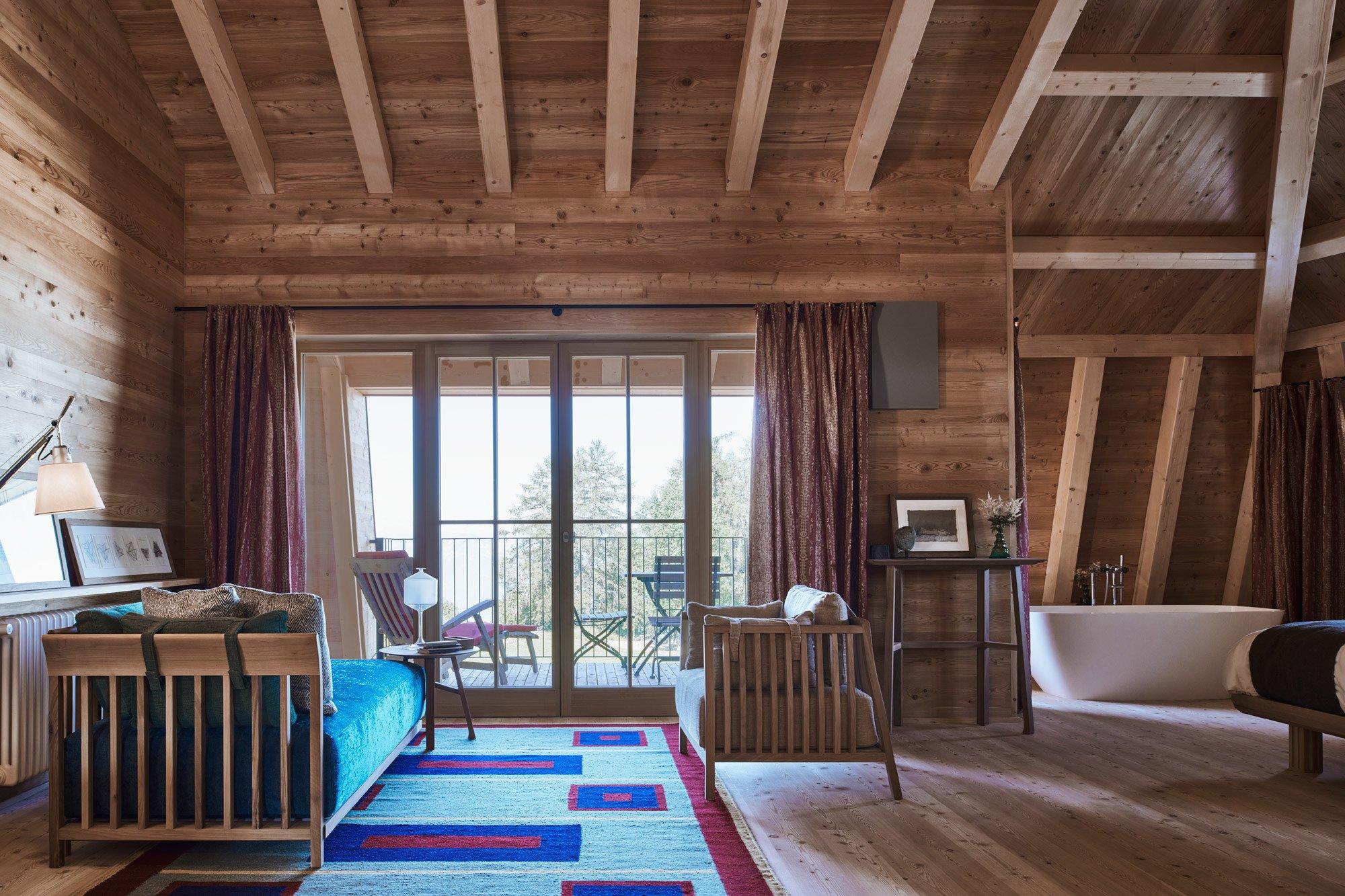 Die Suiten sind mit ovalen, freistehenden Badewannen ausgestattet. Foto: Max Rommel