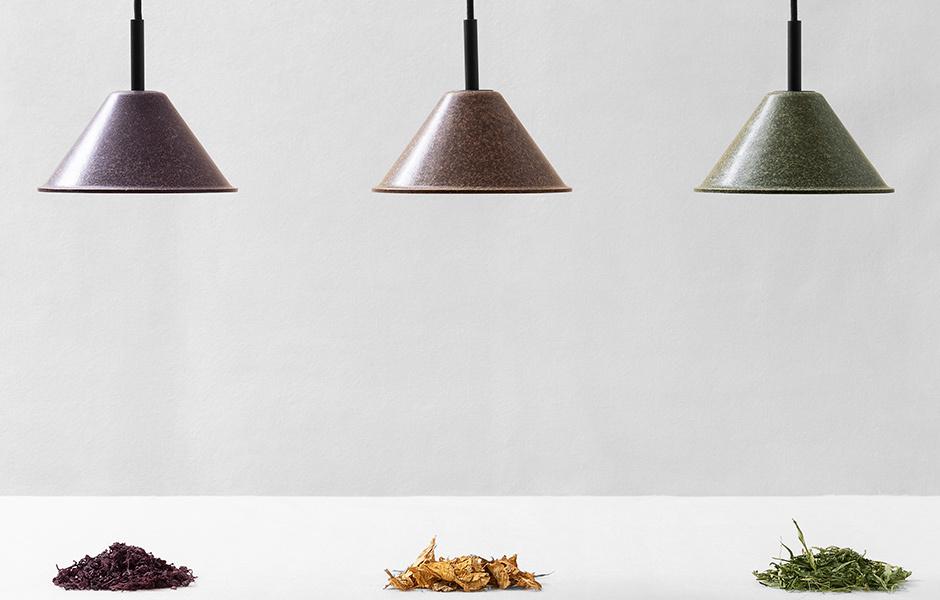 Kaffee, Hanf und Pinienholz: Die Zuschläge in den Leuchten von High Society bestimmen die Farbe.
