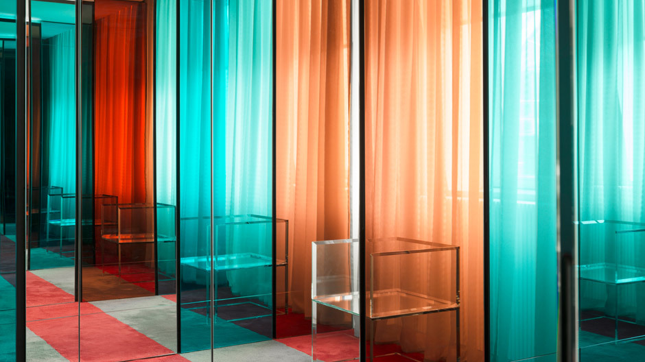 Sonderanfertigungen auf 450 Quadratmetern in einem Apartment in Moskau von Nicolas Dahan