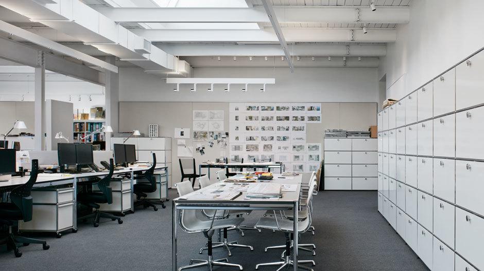 Hello Open Plan! Das Team in Toronto von George Yabu und Glenn Pushelberg arbeitet jetzt in einem Großraumbüro.