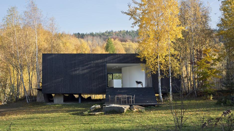 Ursprünglich sollte der Bau als Wochenend- und Feriendomizil der Bauherrenfamilie dienen.