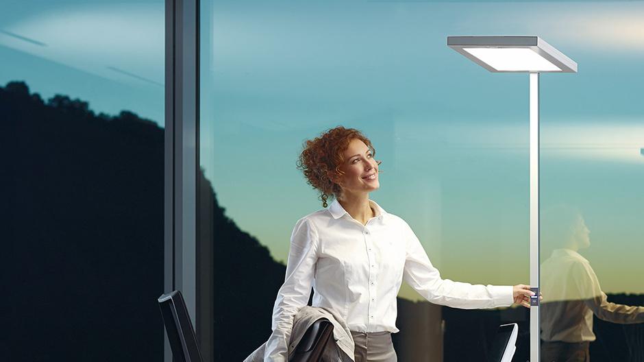 Mehr Komfort am Arbeitsplatz durch biodynamisches Licht.