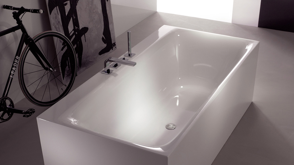 BetteSensory in einer BetteLux Silhouette Side-Badewanne.