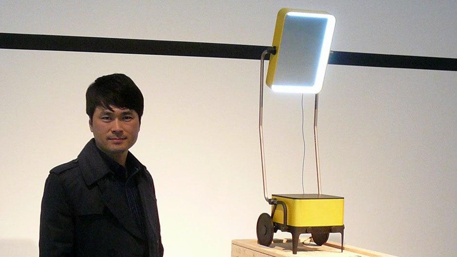 Der Designer während der Design Biennale in Saint-Étienne 2015.