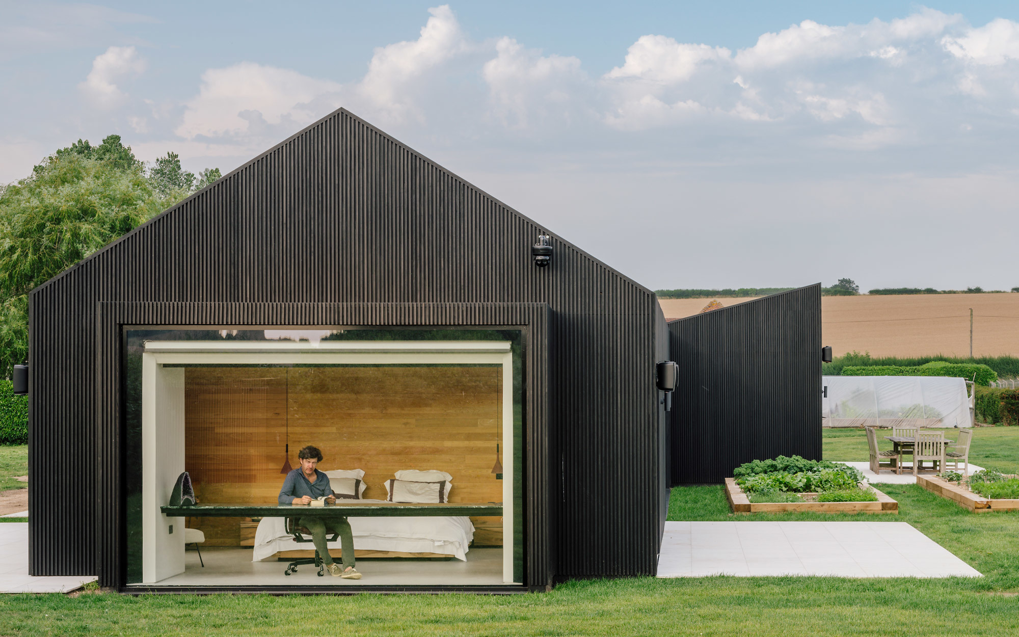 Friendslab House von AMPS Arquitectura & Diseño. Foto: Alberto Marco