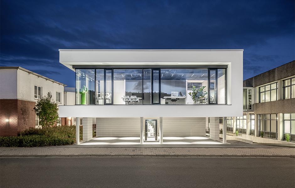 Erweiterungsbau in Arnsberg. © wellie architekten / Foto: Christoph Meinschäfer
