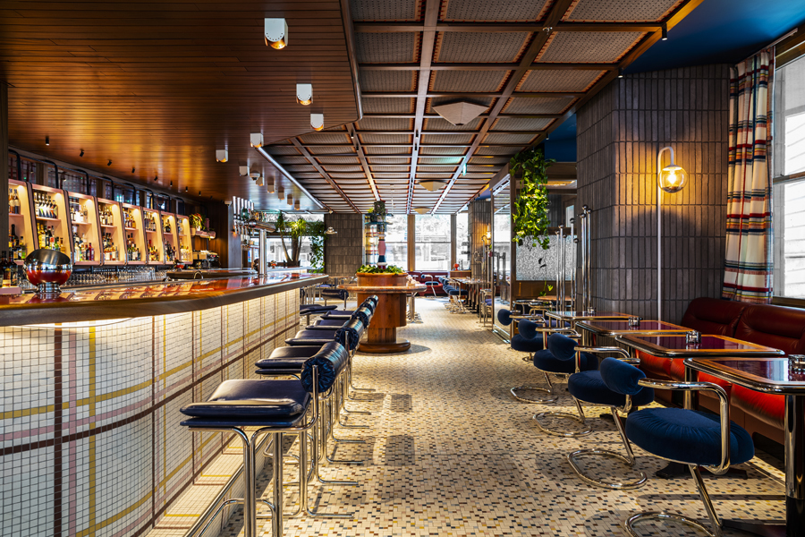 Bar-RestaurantDouble Standard.