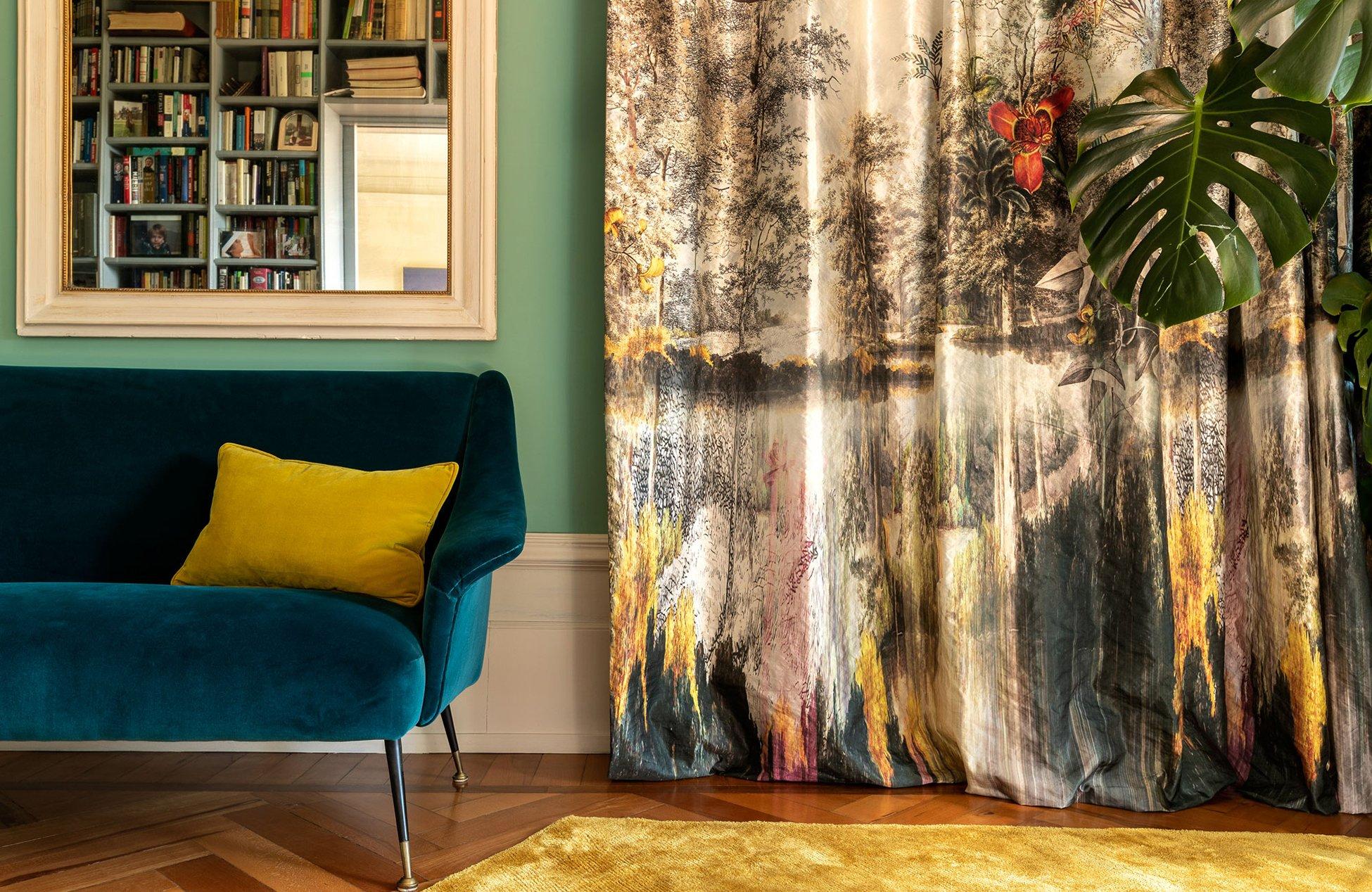 Zeugt von Weltoffenheit und textilem Feinsinn: Der luxuriöse Vorhangstoff Newtopia
