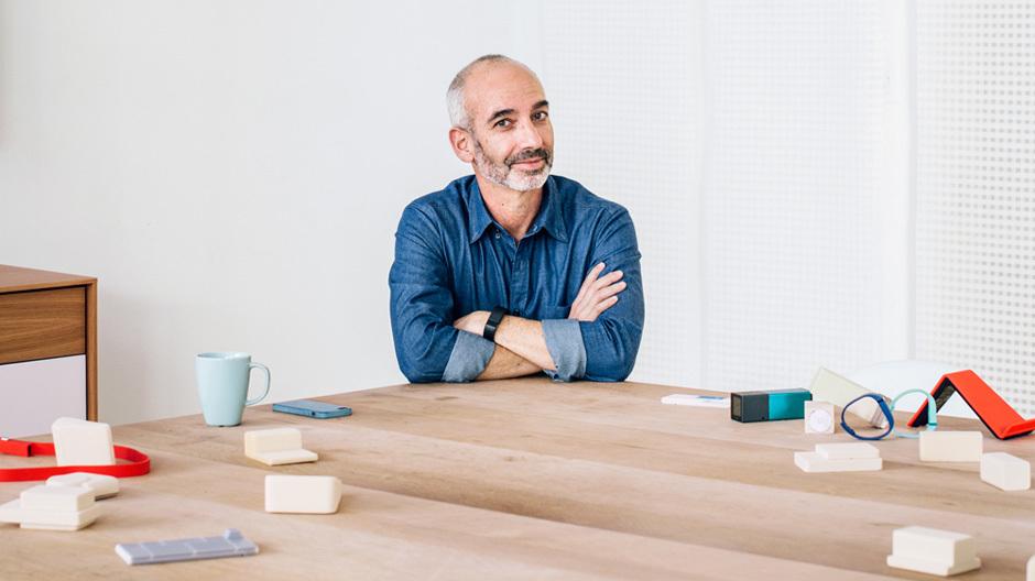 Gadi Amit versucht, den Menschen und seine realen Bedürfnisse in den Mittelpunkt seiner Projekte zu stellen, nicht die Technologie.