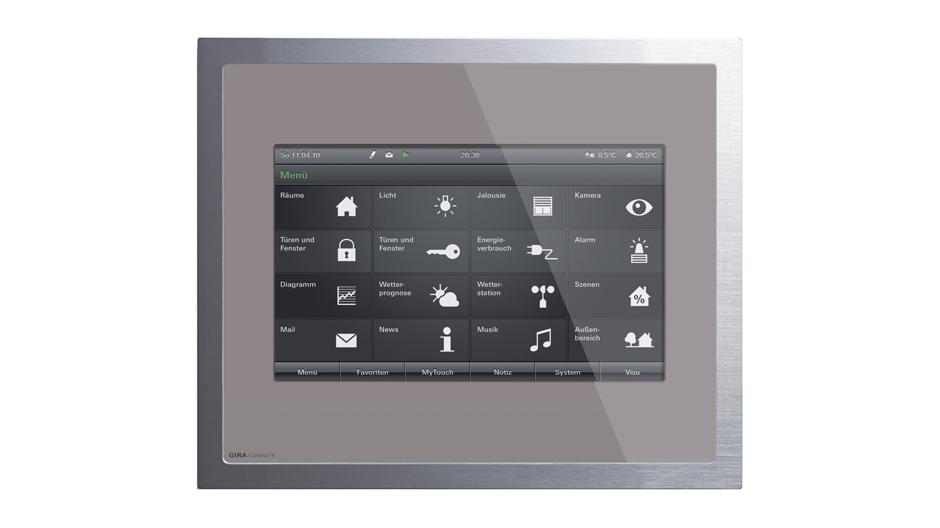 Der kompakte Touchscreen-PC Control 9 Client von Gira besitzt eine Bildschirmdiagonale von 9 Zoll, dies entspricht 22,86 Zentimeter. Der Rahmen ist aus Aluminium, das Glas erhältlich in den Farben Schwarz, Weiß, Mint und – wie hier abgebildet – Umbra.