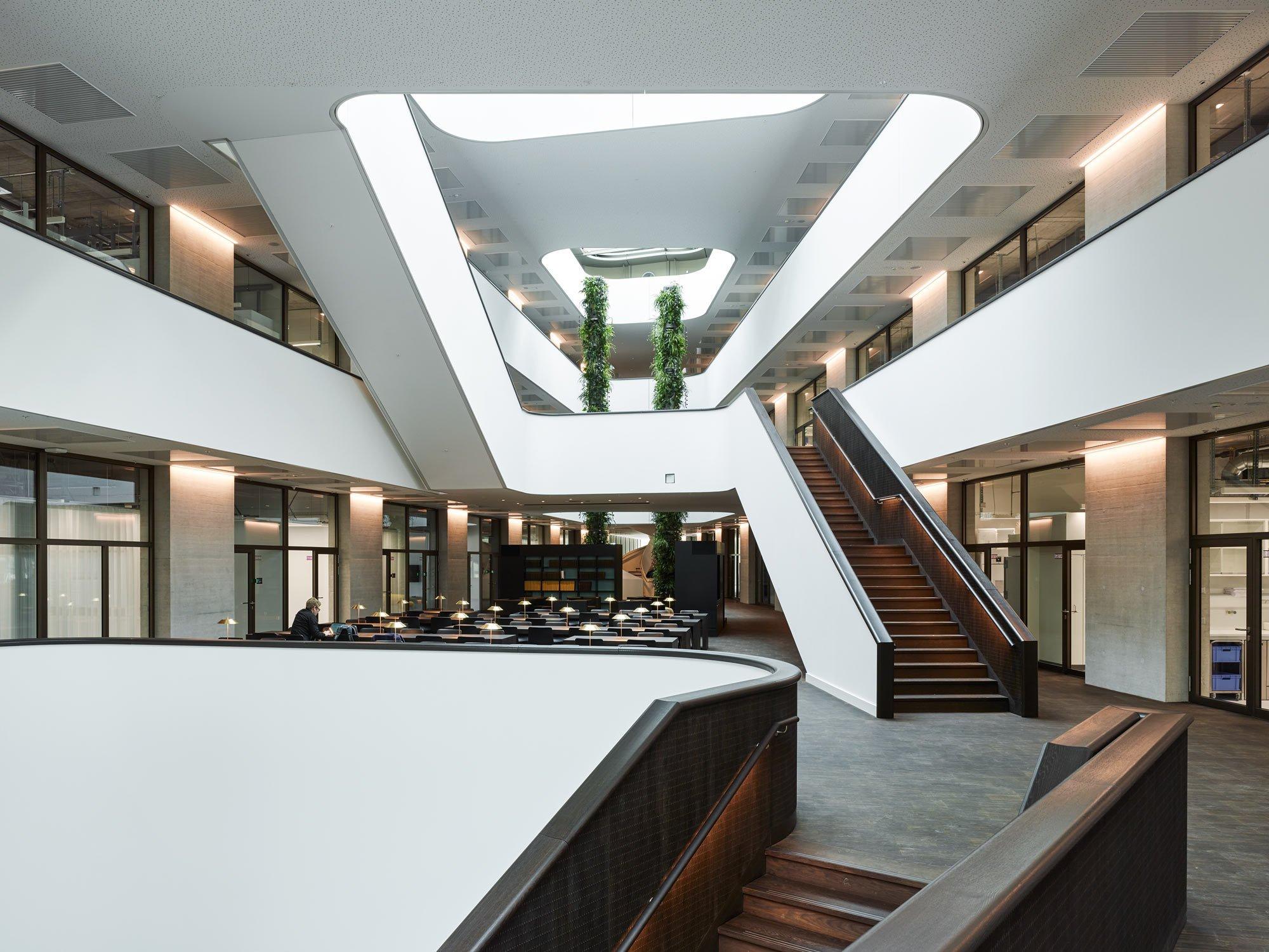 Das Atrium des Zurich Innovation Centre