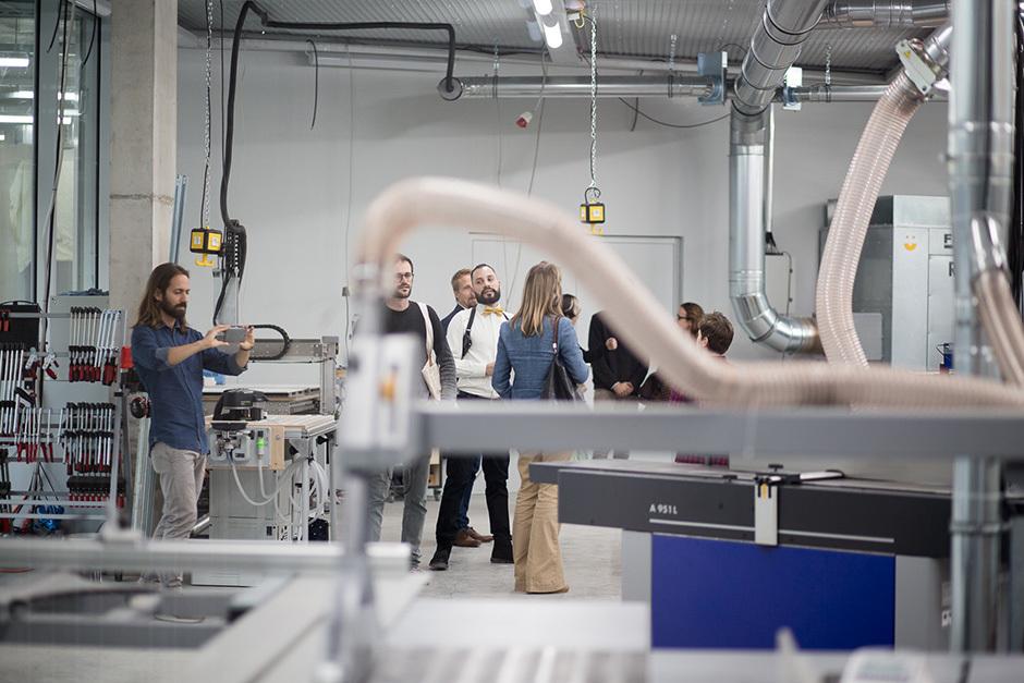 Inhouse-Potenziale: Vom Schreibtisch bis zur Werkstatt sind es nur ein paar Schritte. Foto: Albert Rein