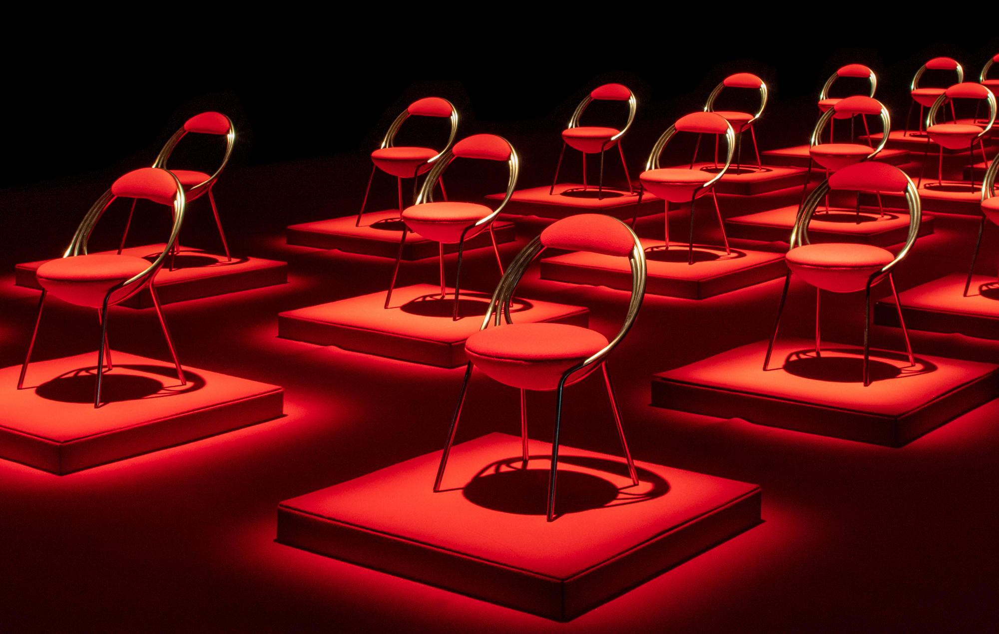 Maestro Chair von Lee Broom. Videostill: Lee Broom