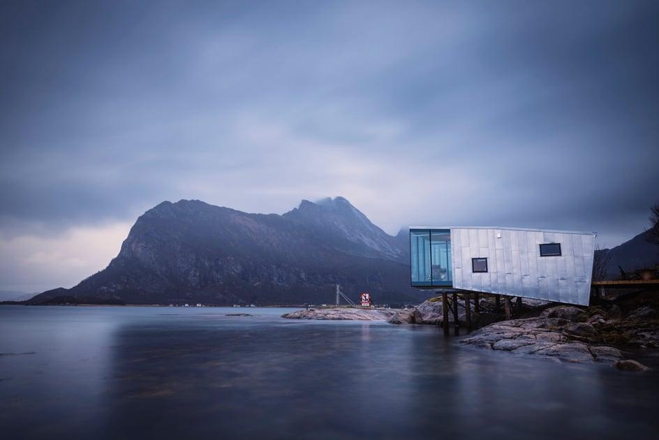 Manshausen 2.0 Island Ressortvon Stinessen Arkitektur auf der Insel Manshausen in Norwegen. Foto: Adrien Giret