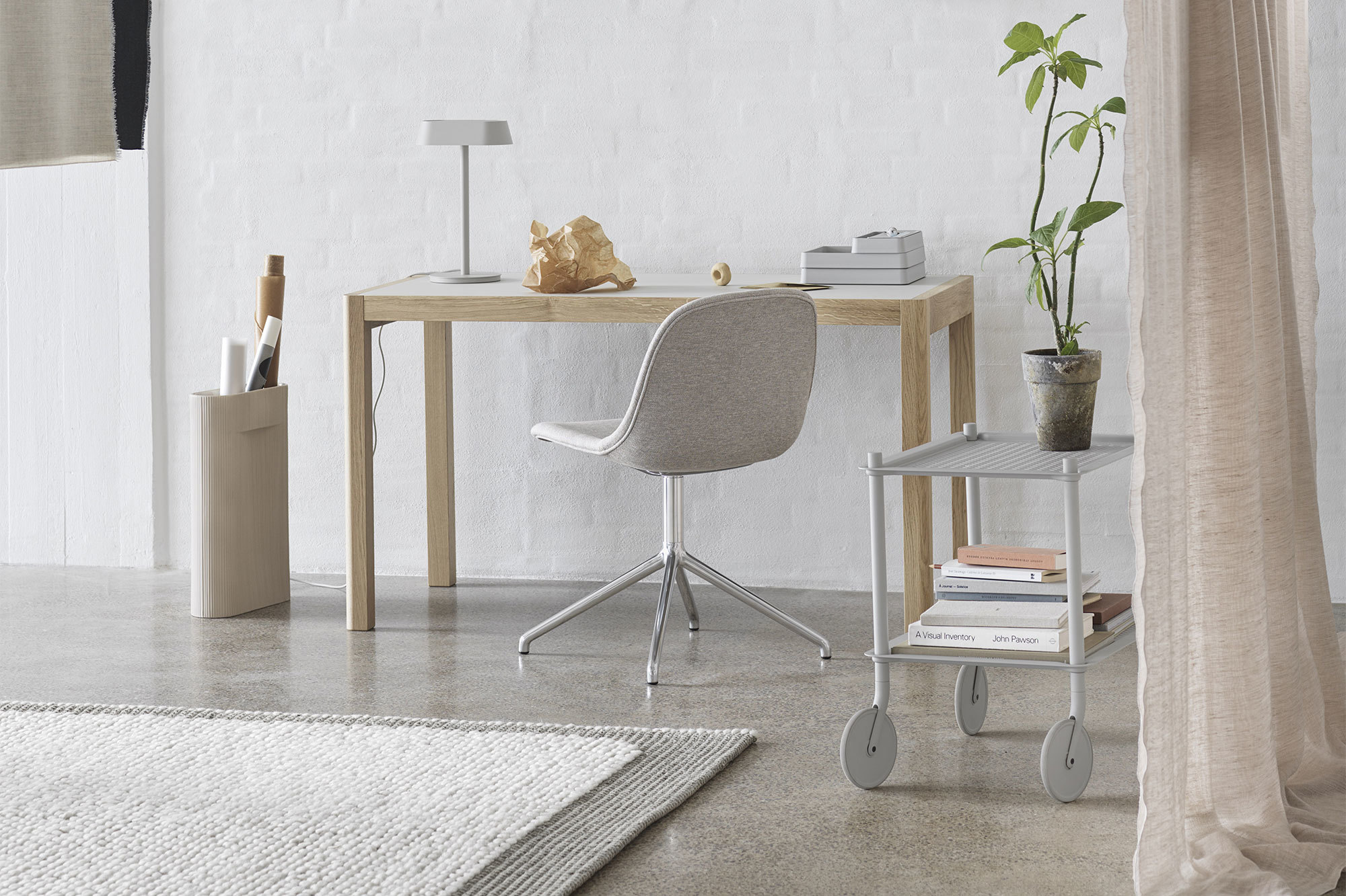 Tisch Workshop Table von Cecilie Manz für Muuto