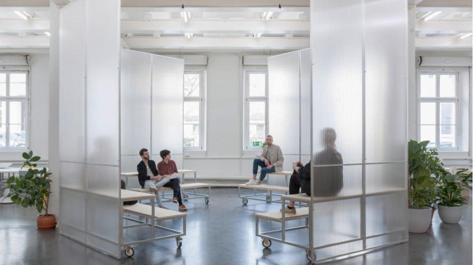 Die neue Initiative German Design Graduates will Absolventinnen und Absolventen deutscher Designhochschulen beim Start ins Berufsleben helfen.