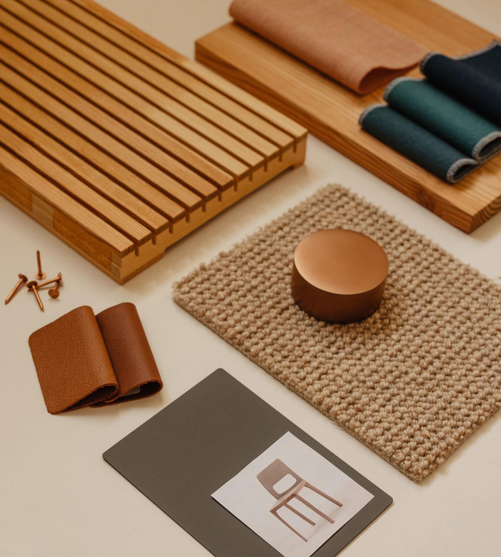 """Materialcollage: """"Wir brauchen Räume, welche die Kreativität und Interaktion zwischen den Menschen fördern, um das Wohlbefinden zu erhöhen."""" Nina Mair"""