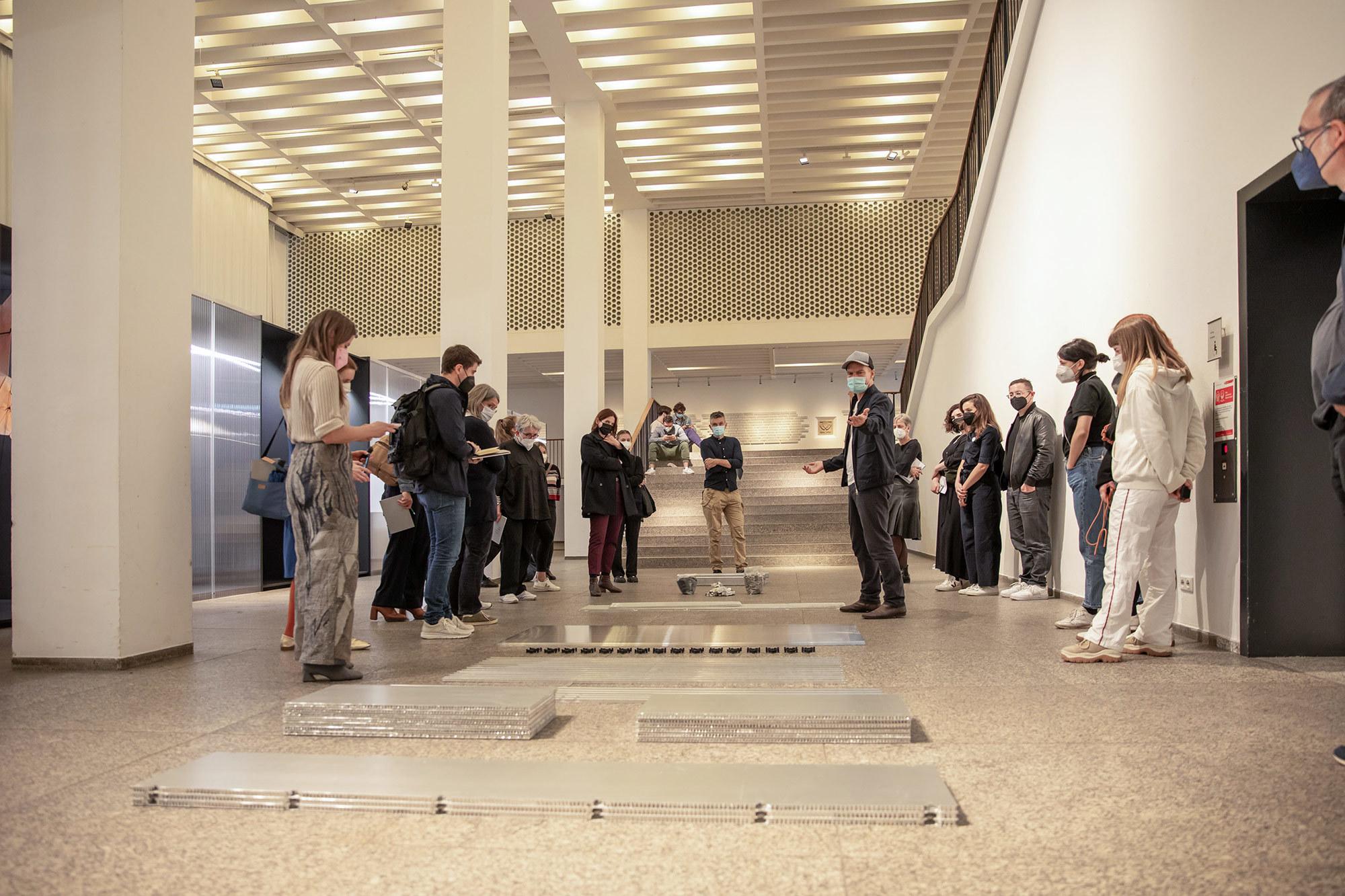 Bilder der Ausstellungseröffnung im MAKK. ©wagnerliving