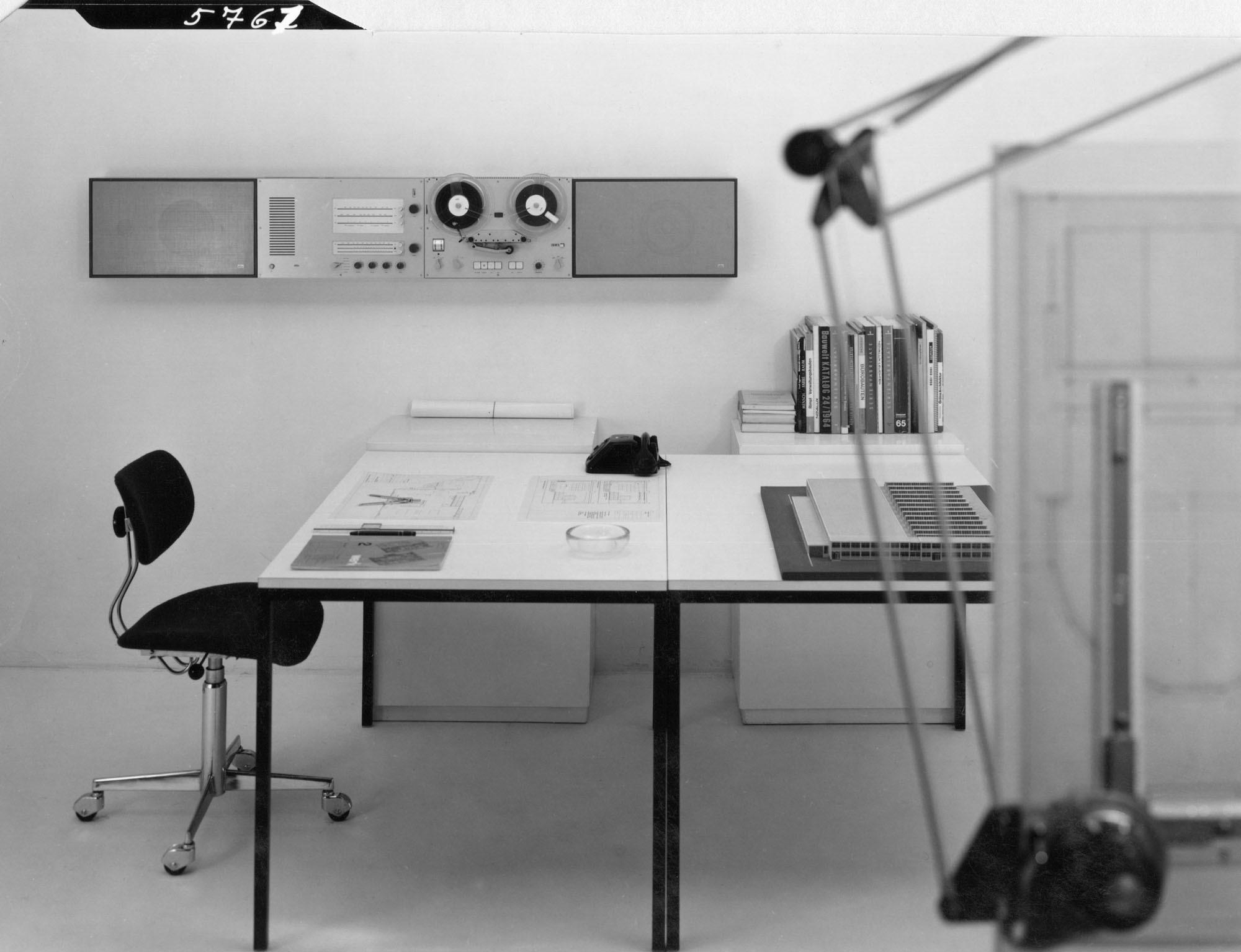Originale Wandanlage Hifi System (1965) von Dieter Rams für Braun. Foto: Braun