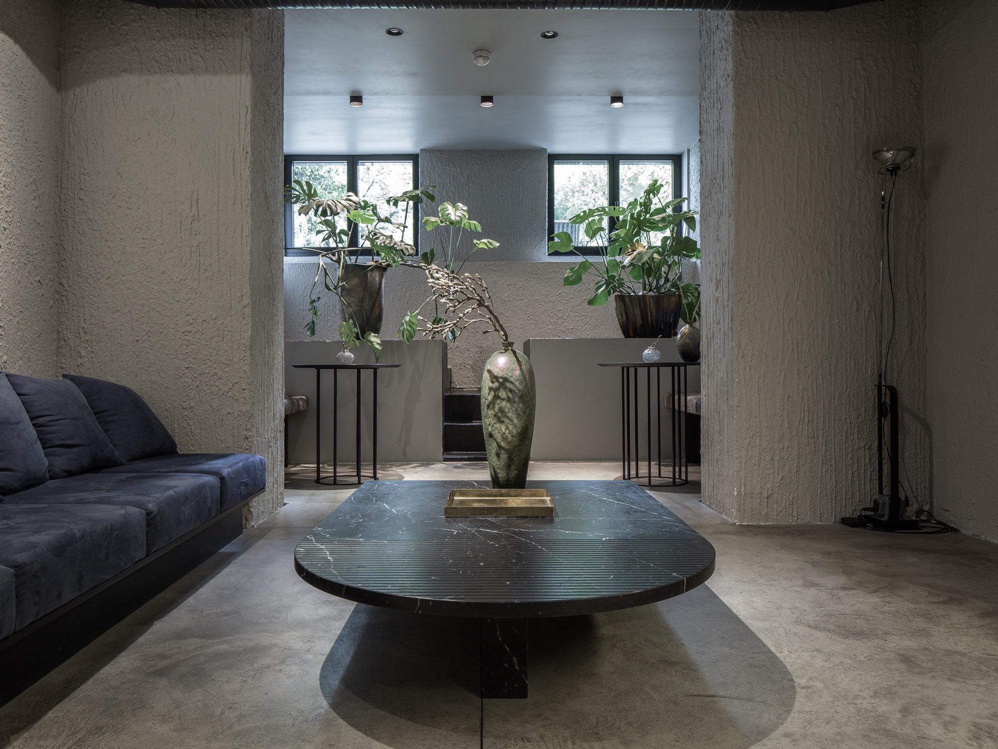 Couch Table, 2016, Foto: ©Pournoir