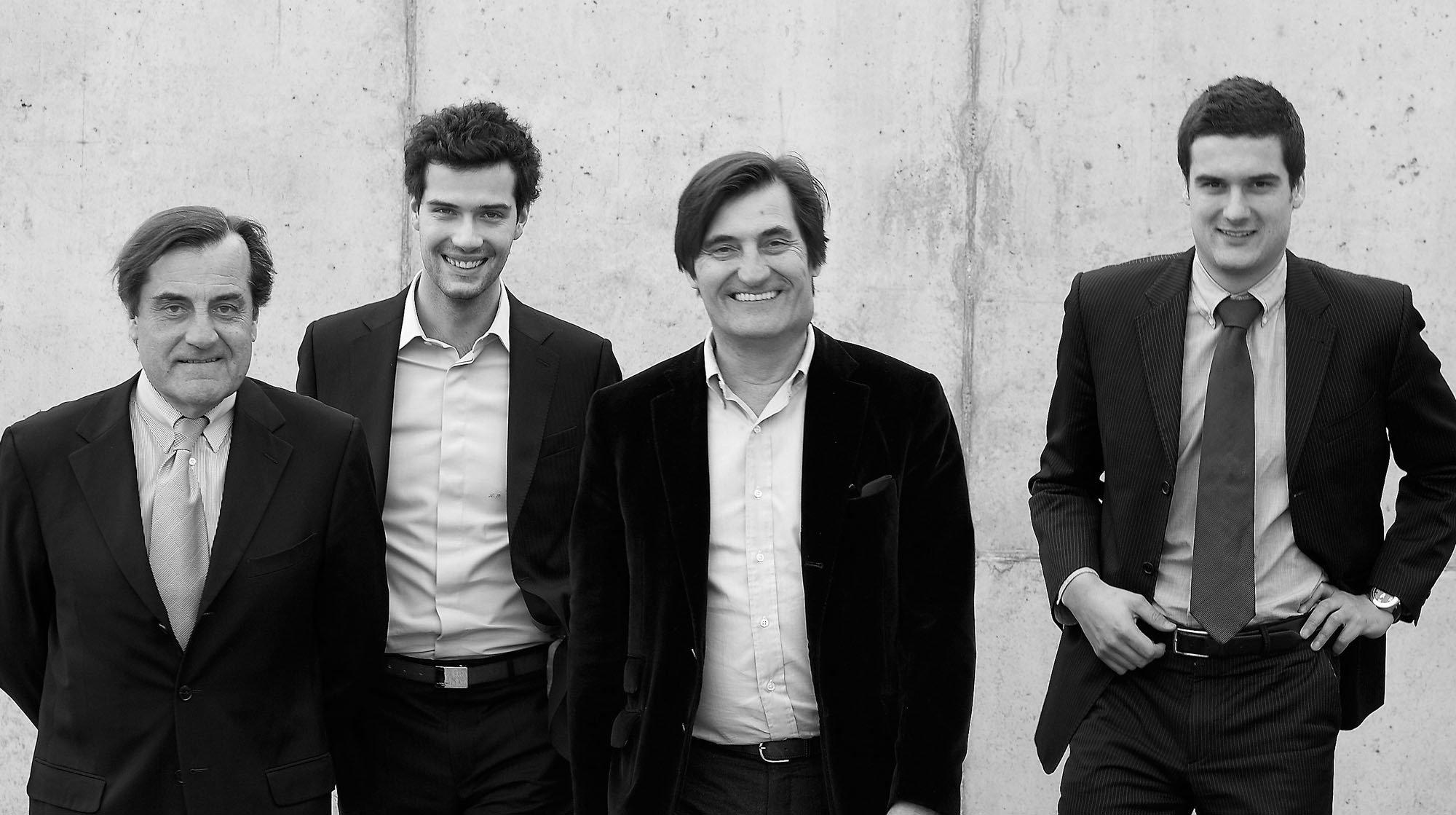 Zwei Generationen (von links nach rechts): Pierre Roset, Antoine Roset, Michel Roset, Olivier Roset. Foto: Ligne Roset