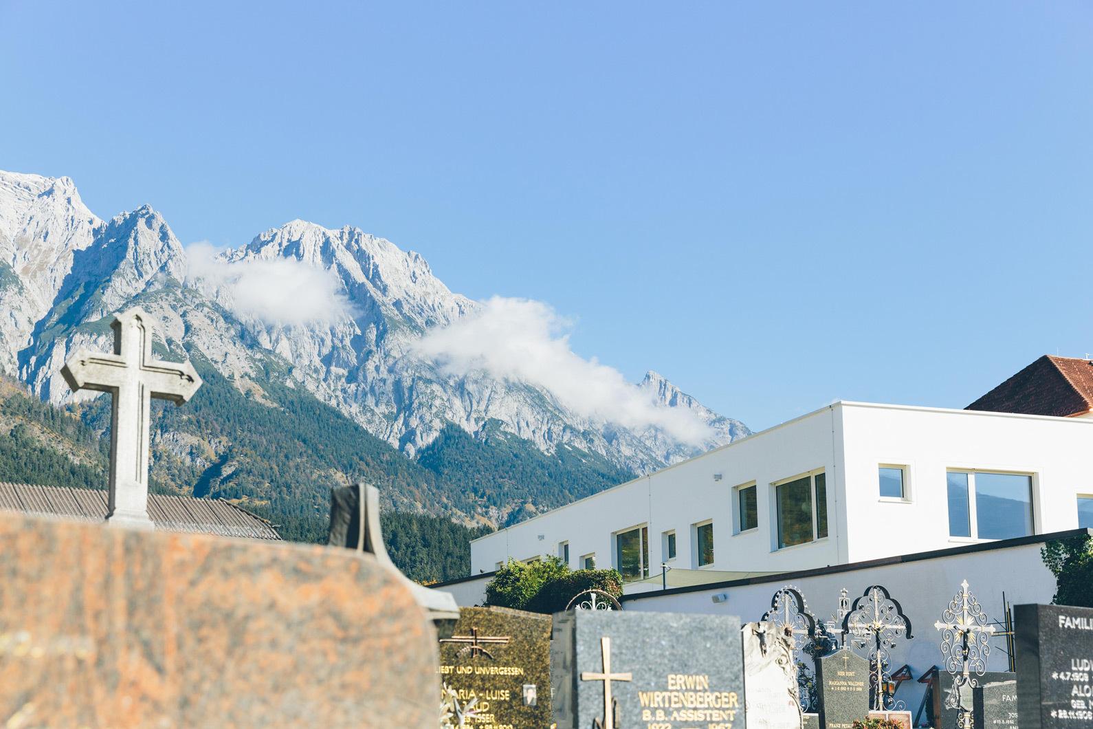 Der Neubau bildet gemeinsam mit dem denkmalgeschützten Bestand einen Hof.