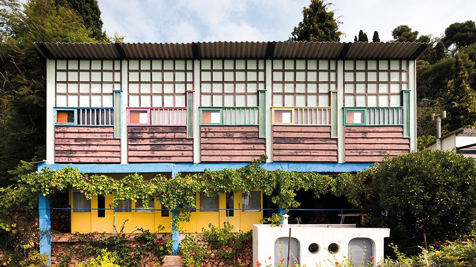 Entworfen von Le Corbusier, gebaut vom Tischler Charles Barberis: Die Holiday Cottagesbieten, basierend auf dem Modulor, auf acht Quadratmetern zwei Personen Platz.© Manuel Bougot - FLC/ADAGP, Paris 2015