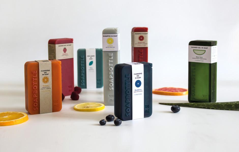 Soapbottle wurde von Jonna Breitenhuber (Universität der Künste Berlin) entworfen. Dabei handelt es sich um eine Verpackung aus Seife.