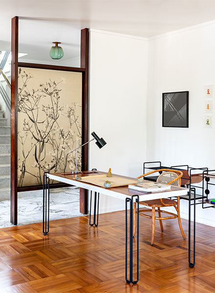 Schreibtisch, Entwurf: F Studio