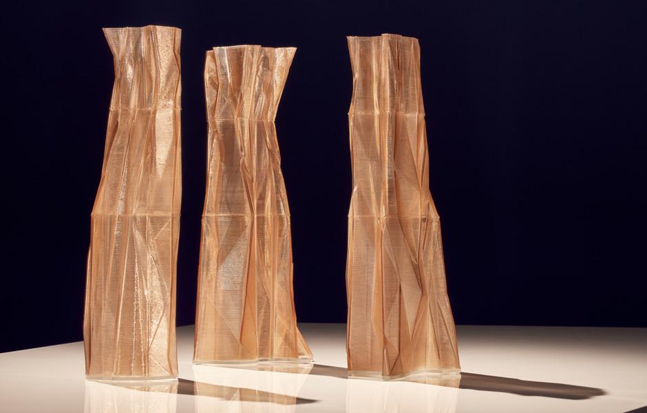 SWAROVSKI DESIGNERS OF THE FUTURE AWARDSwarovski-Kristalle reloaded: Objekte von Studio Klarenbeek & Dros, die im 3D-Drucker gedruckt wurden. Foto: Swarovski