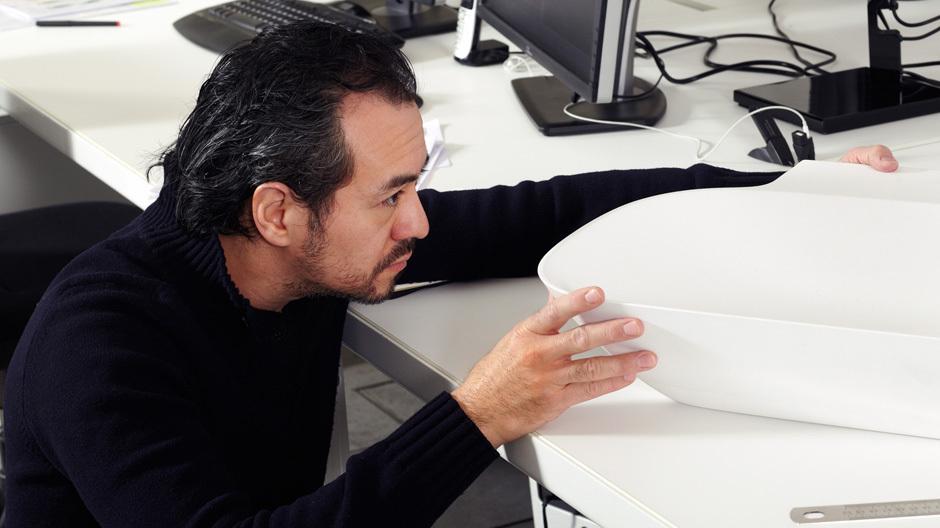 Toan Nguyen in seinem Mailänder Büro.