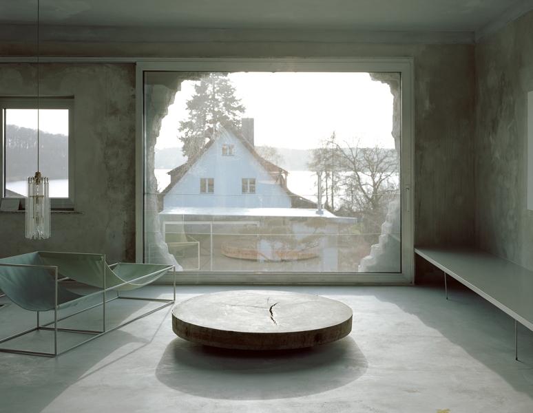 2015 - Brandlhuber+ Emde, Burlon, Antivilla, Krampnitz, Deutschland, 2010–2015Mit freundlicher Genehmigung von Brandlhuber+ Emde, Burlon, Foto: Erica Overmeer / © VG Bild-Kunst, Bonn 2020