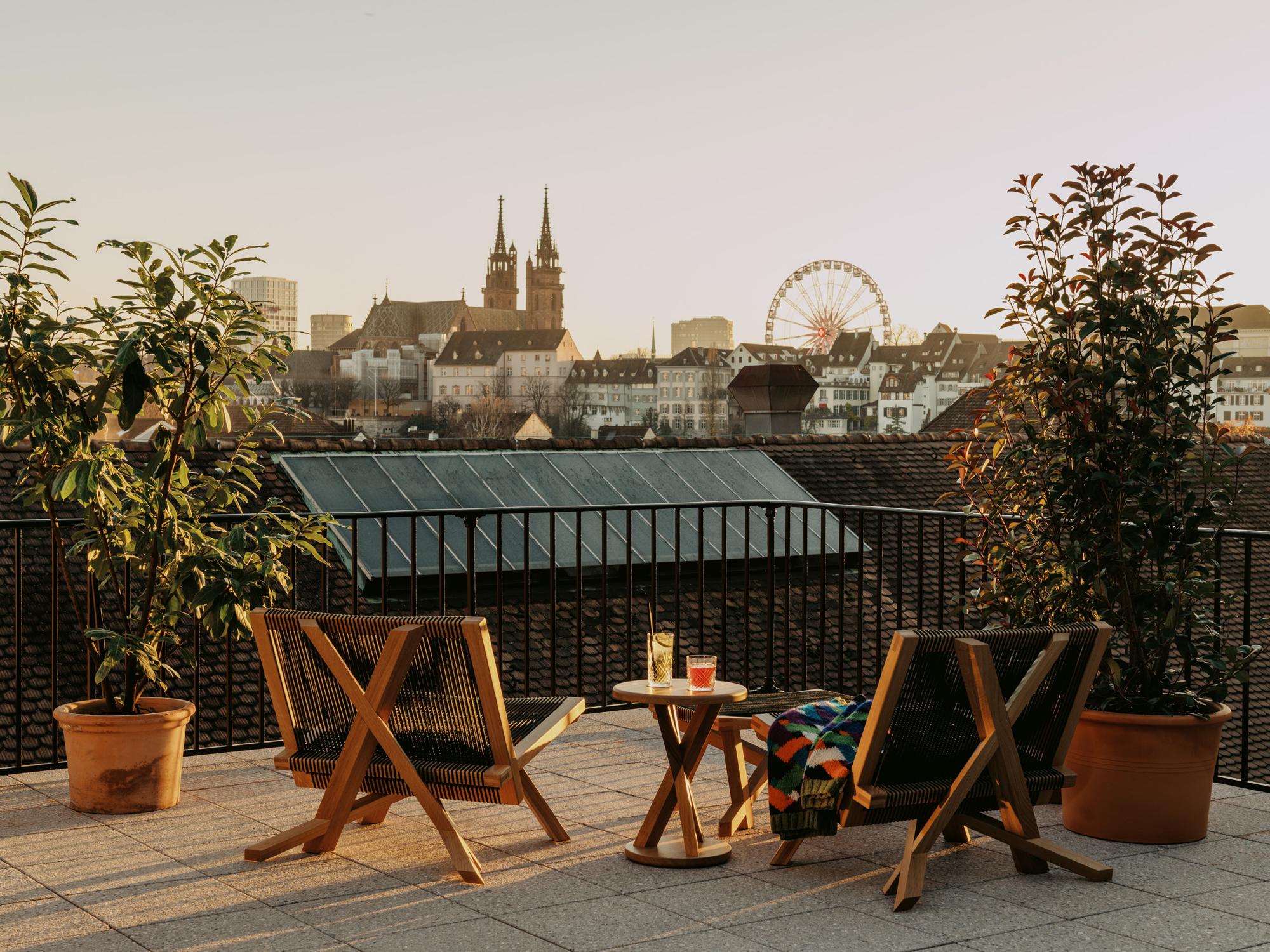 Terrassen-Suite mit Blick über Basel