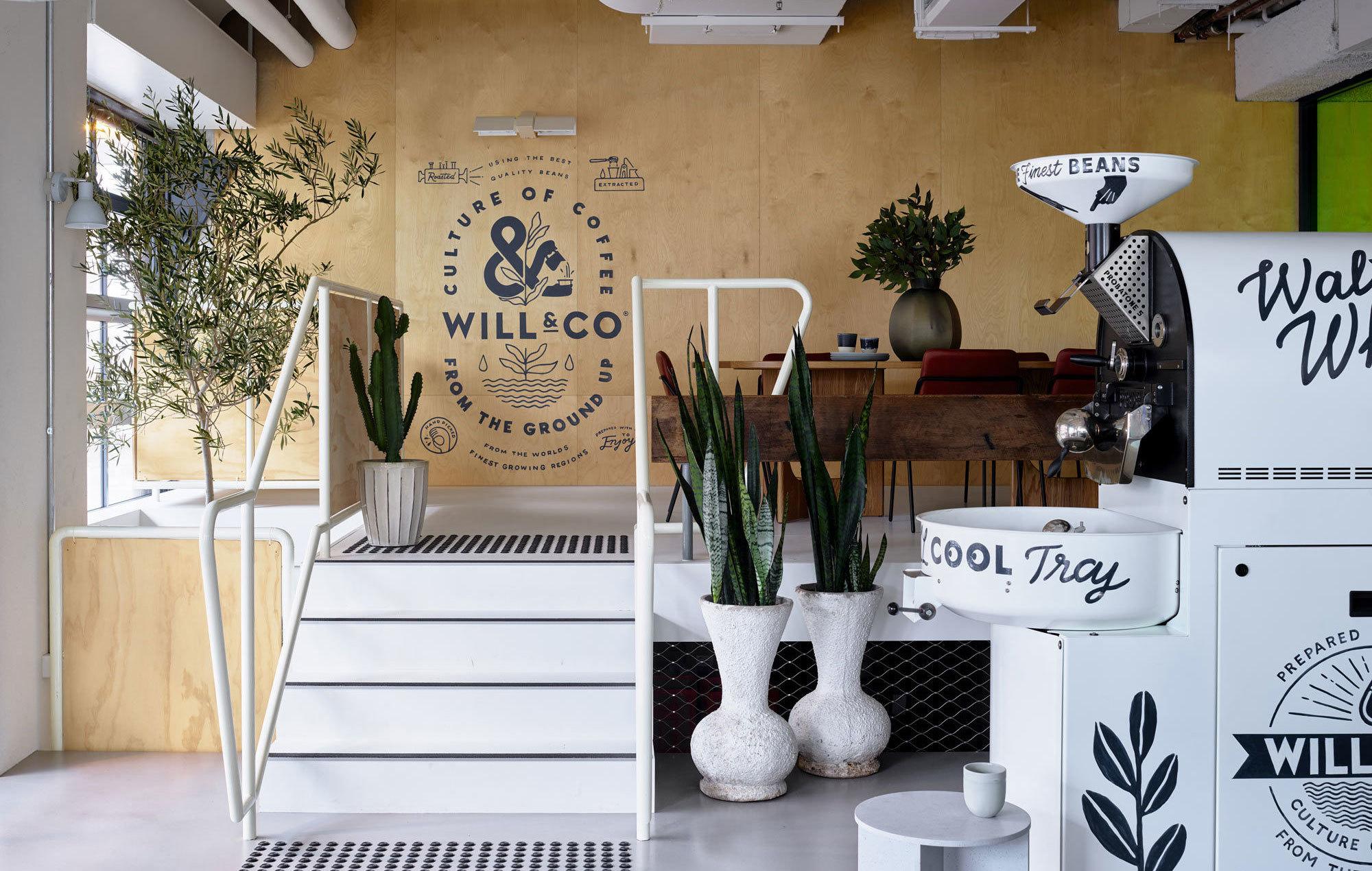In den globalen Metropolen etablieren sich individuelle Kaffeeröstereien – und sorgen mit ihren Cafés für eine räumliche Verbindung von Genuss und Produktion. (Im Bild: Will&Co, Alexander&CO., Sydney, Foto: Anson Smart)