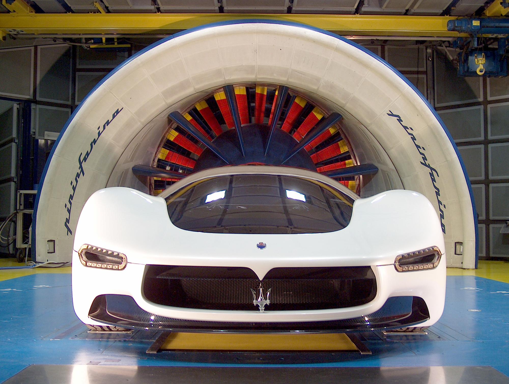 Windtunnelvon Pininfarina mit einem Maserati Birdcage, 2005.Foto: Pininfarina