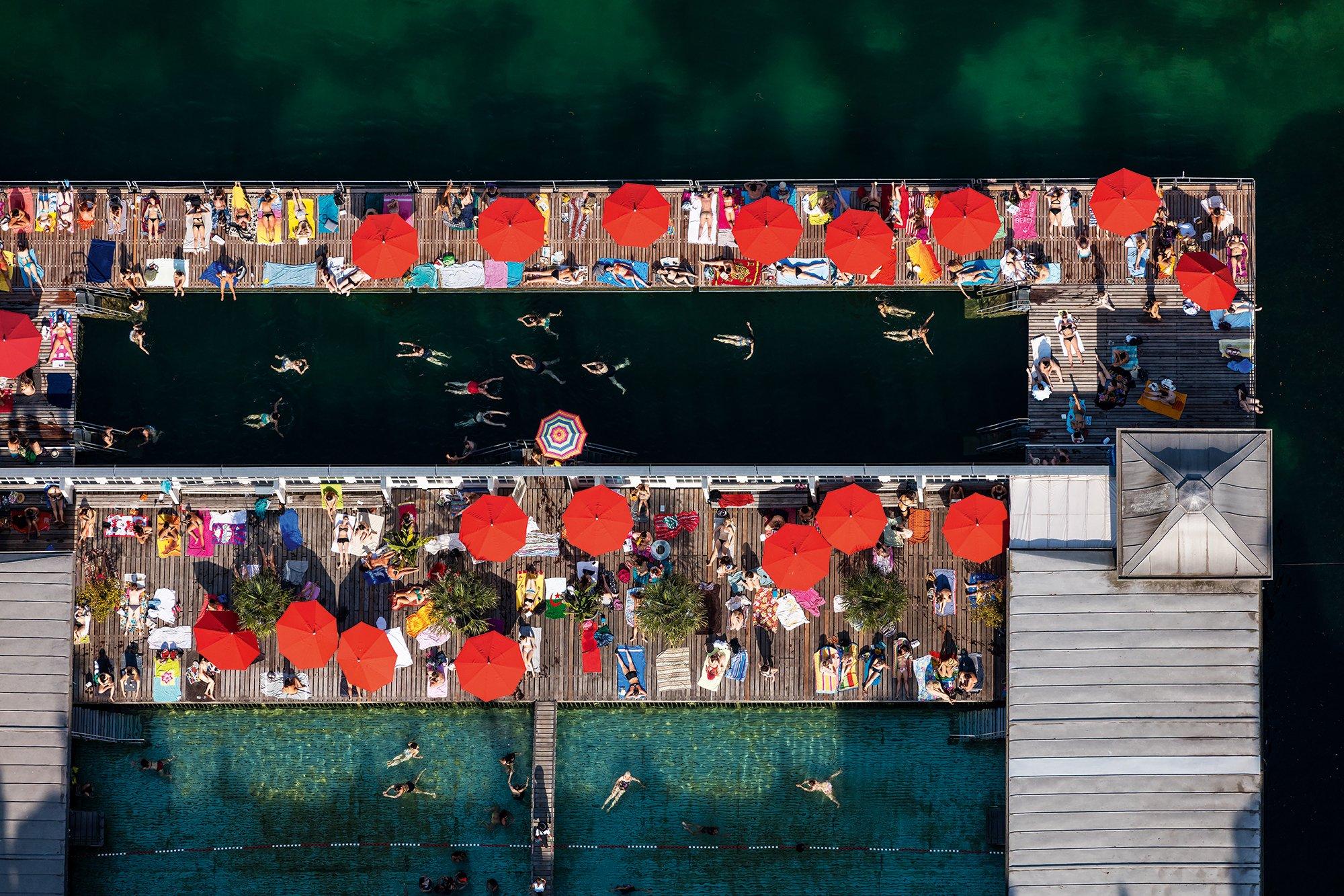 FRAUENBAD STADTHAUSQUAI, Zürich, Schweiz, Foto: Alessandro Della Bella