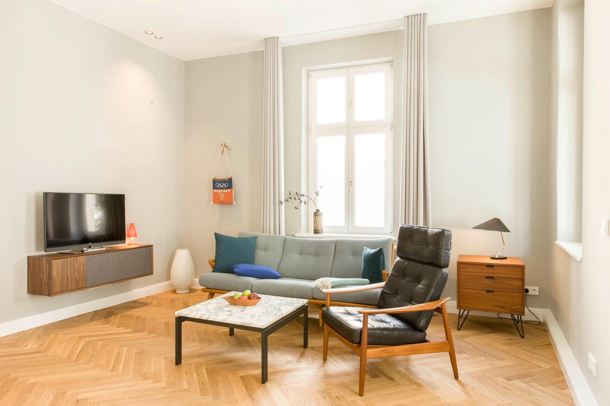 Apartment 2 – 90,68 Quadratmeter. Mit zwei Schlafzimmern, Wohnzimmer, Loggia, Küche und Terrasse.