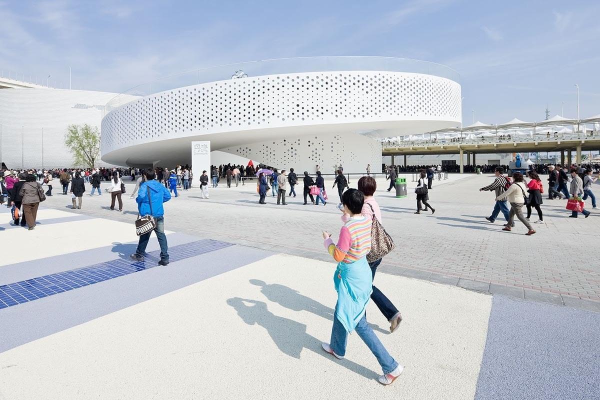 Schleife in Shanghai: Dänischer Pavillon für Expo 2010 von BIG, Arup und 2+1, © BIG