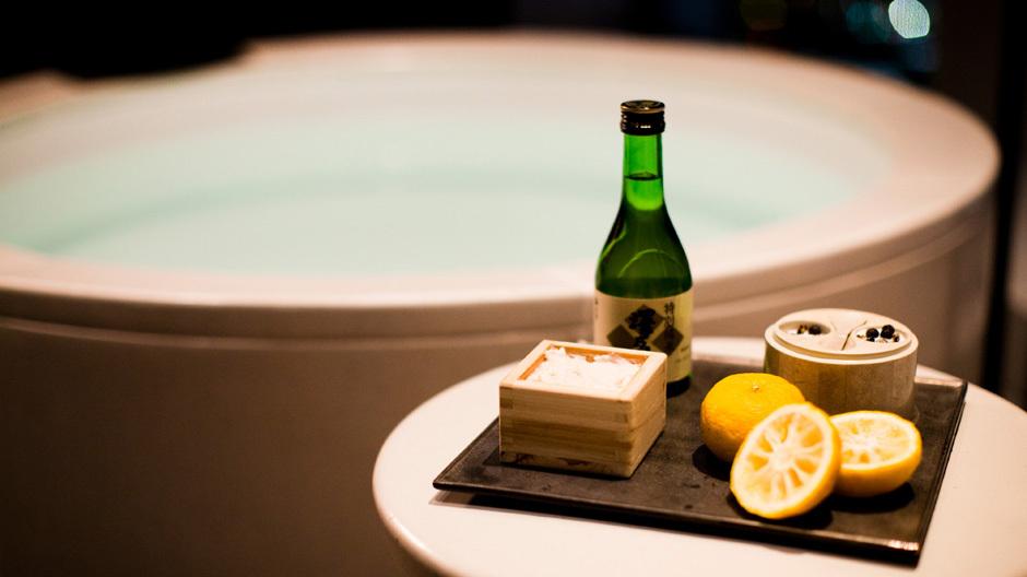 Spas sind heutzutage wahre Laboratorien, auch in Tokio. Hotels wie Aman oder Andaz setzen auf Naturprodukte.