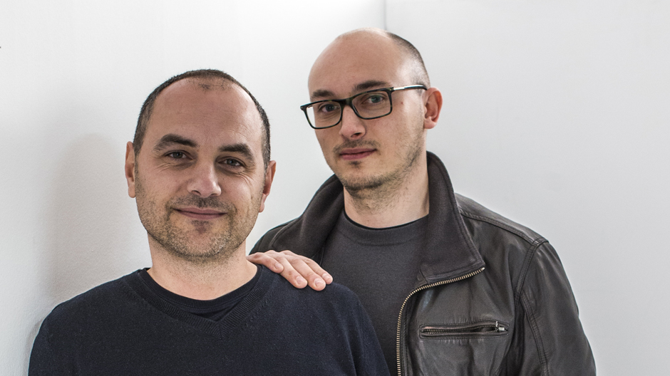 Paolo Lucidi (*1974, links) und Luca Pevere (*1977) haben sich während ihres Designstudiums am Mailänder Politechnico kennengelernt. Mit ihrem 2006 gegründeten Designbüro sitzen sie in ihrer Geburtsstadt Udine. Foto: Alessandro Paderni