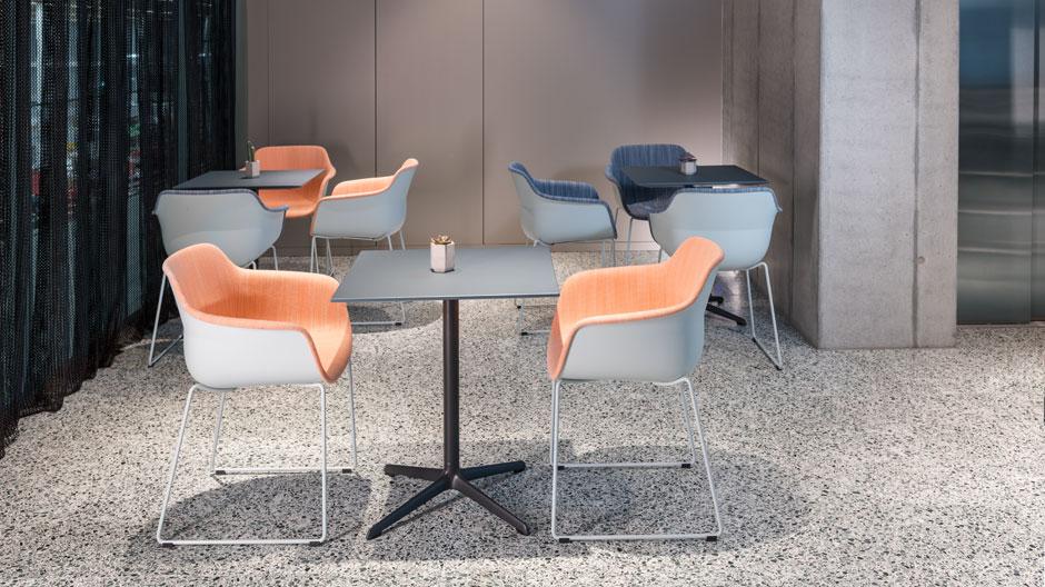 Dieser Tisch von Jehs+Laub und Brunner ist der liebste Pausenfreund